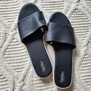 Mossimo Black Sporty Slide Sandals